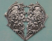 Ornate Silver Heart 1112