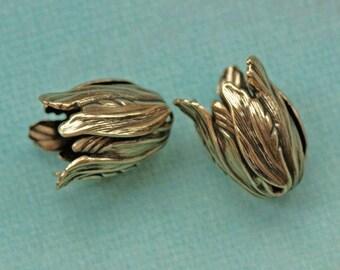 2 Antique Brass Tulip Bead Caps 1832