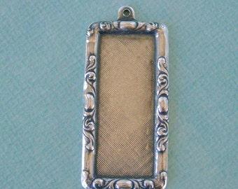 Fancy Silver Rectangle Frame 1051