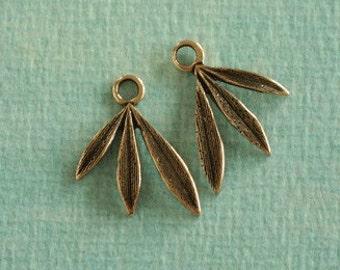 2 Brass Leaf Findings 2313