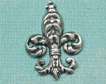 Large Silver Fleur de Lis Finding 1395