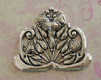 Silver Ornate Floral Finding 2594