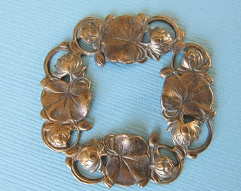 Large Brass Lilypad Wreath 2904