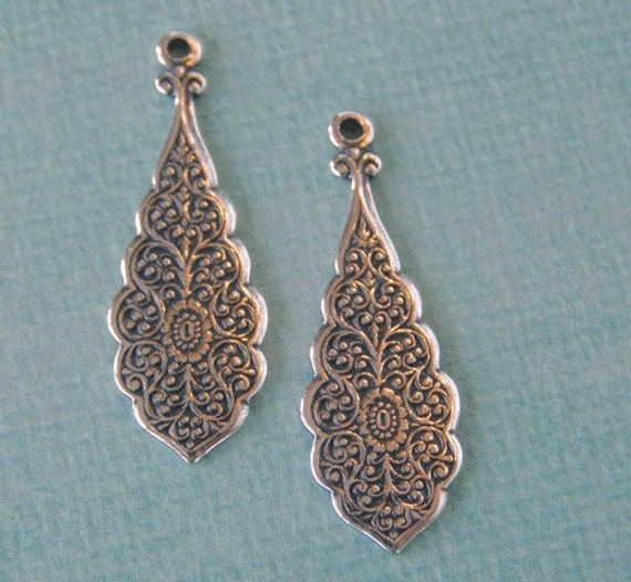 Set of 2 Silver Drop Findings 787