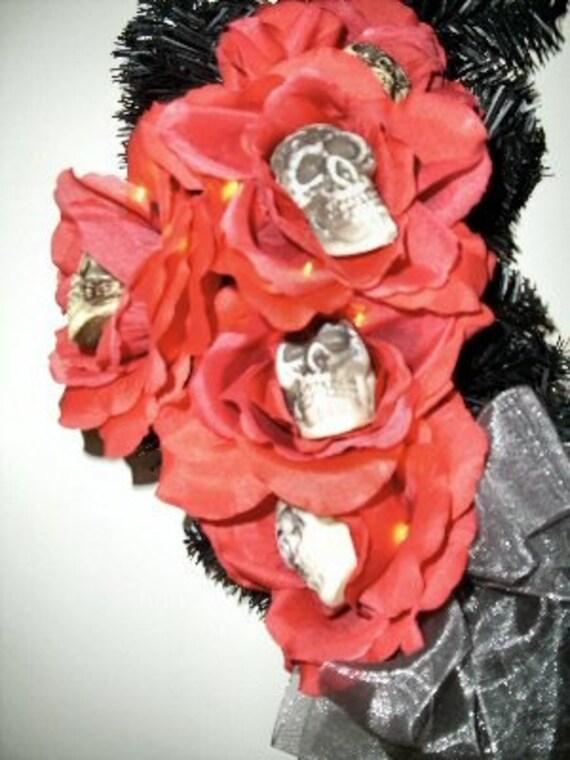 Halloween Wreath with Skulls - Dead Roses Lighted