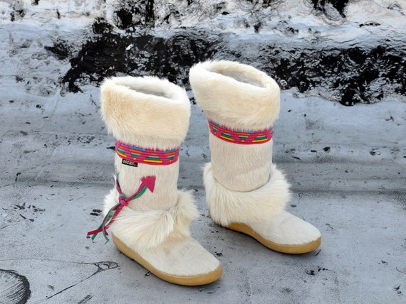 Vintage WHITE OSCAR Pony Fur Boots - us 6.5 / Europe 37 / uk 4 / au 5