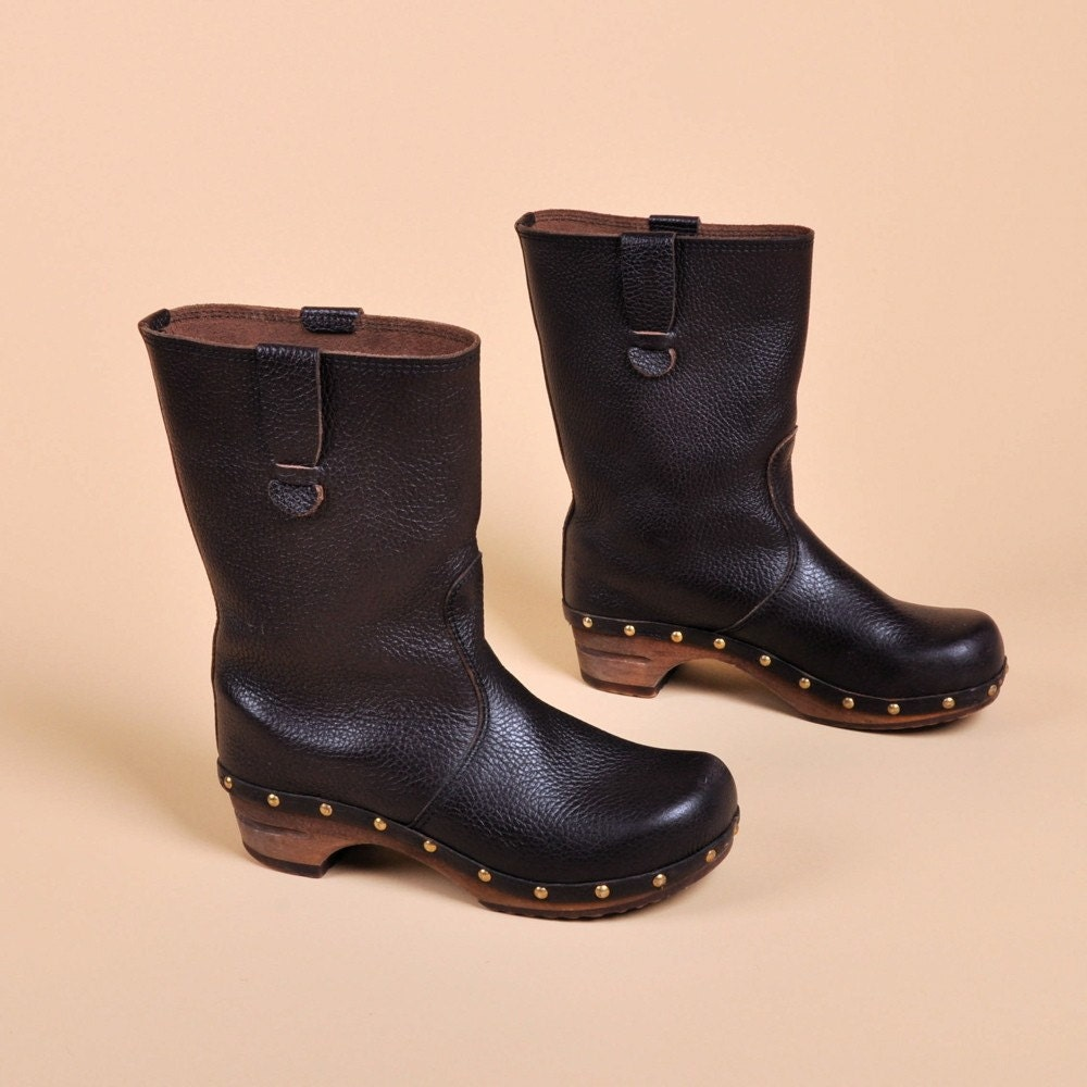 Danish Sanita Leather Grommet Boots By Maevenvintage On Etsy