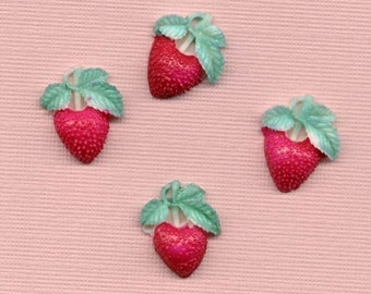 10 VINTAGE Japan Plastic Strawberry Fruit Charms Strawberries Pendants Hand Painted Jewelry Supplies