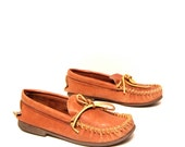 size 8 MOCCASIN brown leather 80s LOAFER slip ons