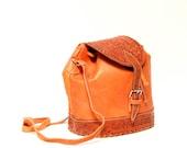 ORANGE leather 70s 80s NICARAGUAN hand-tooled purse