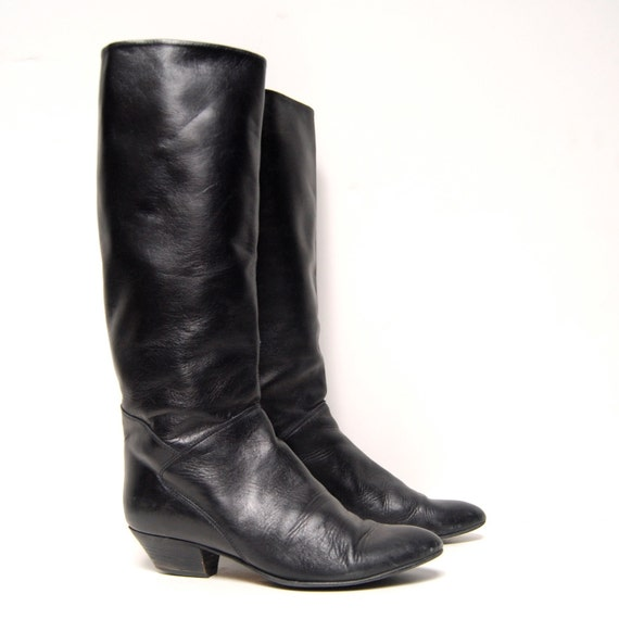 size 7.5 EQUESTRIAN black leather 80s TALL knee high boots made in ITALY