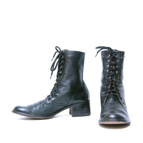 size 6.5 COMBAT black leather 90s GRUNGE lace up ankle boots