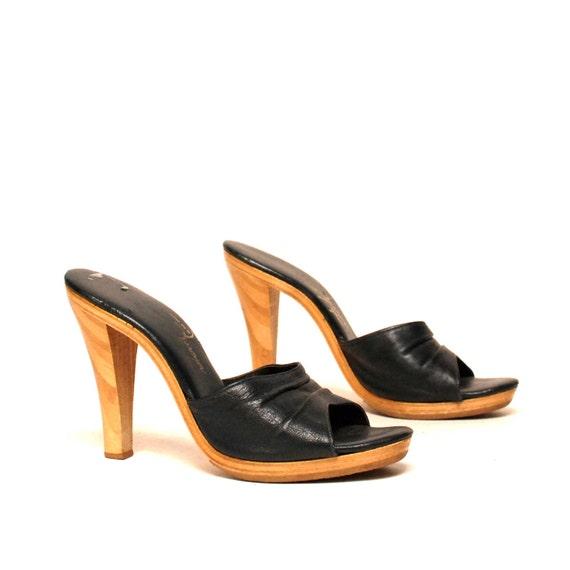 size 7 BOHEMIAN black leather 70s WOOD PLATFORM clogs heels
