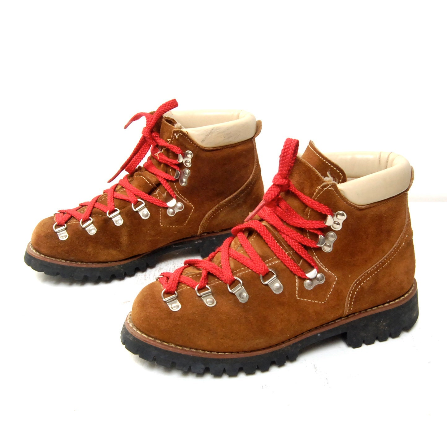 Wonderful  Made In The USA, And The Boots Are Assembled In The USA With The Rocky Original Hiker, You Get The Classic Traditional Brown Fullgrain Leather Hiking Boot With Red Laces And A Pig Leather Collar Antiqued Brass Hardware Resists