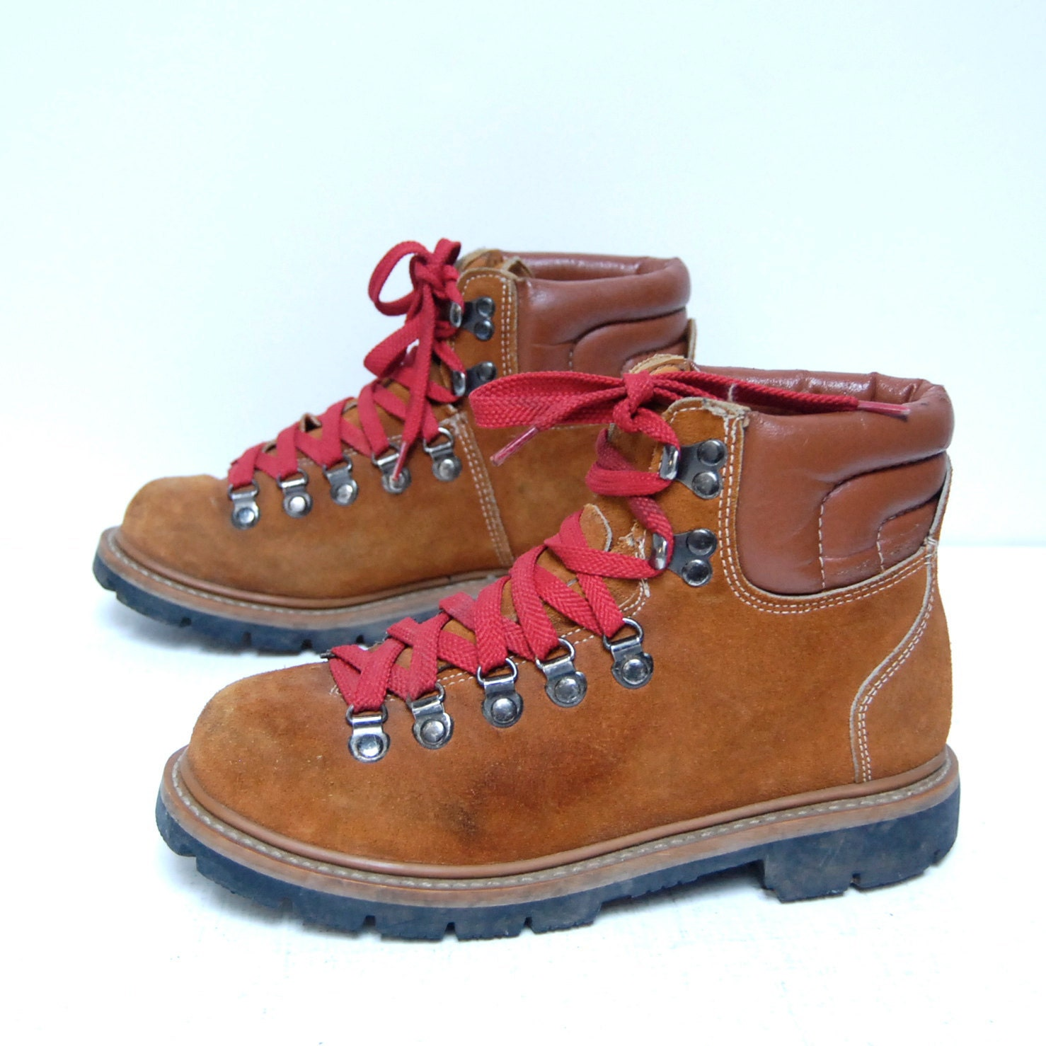 Size 7 Hiking Brown Suede Red Lace Up 60s 70s Outdoors Ankle