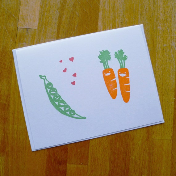 Peas Love Carrots Single Notecard - Bright Happy Veggies