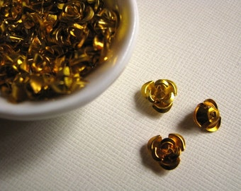 Gold aluminum rose beads - 10mm (25)