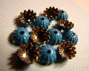 Vintage enameled brass sea urchin bead caps 7mm (12)