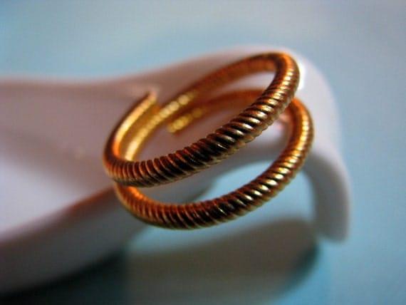 Vintage spiral brass ring