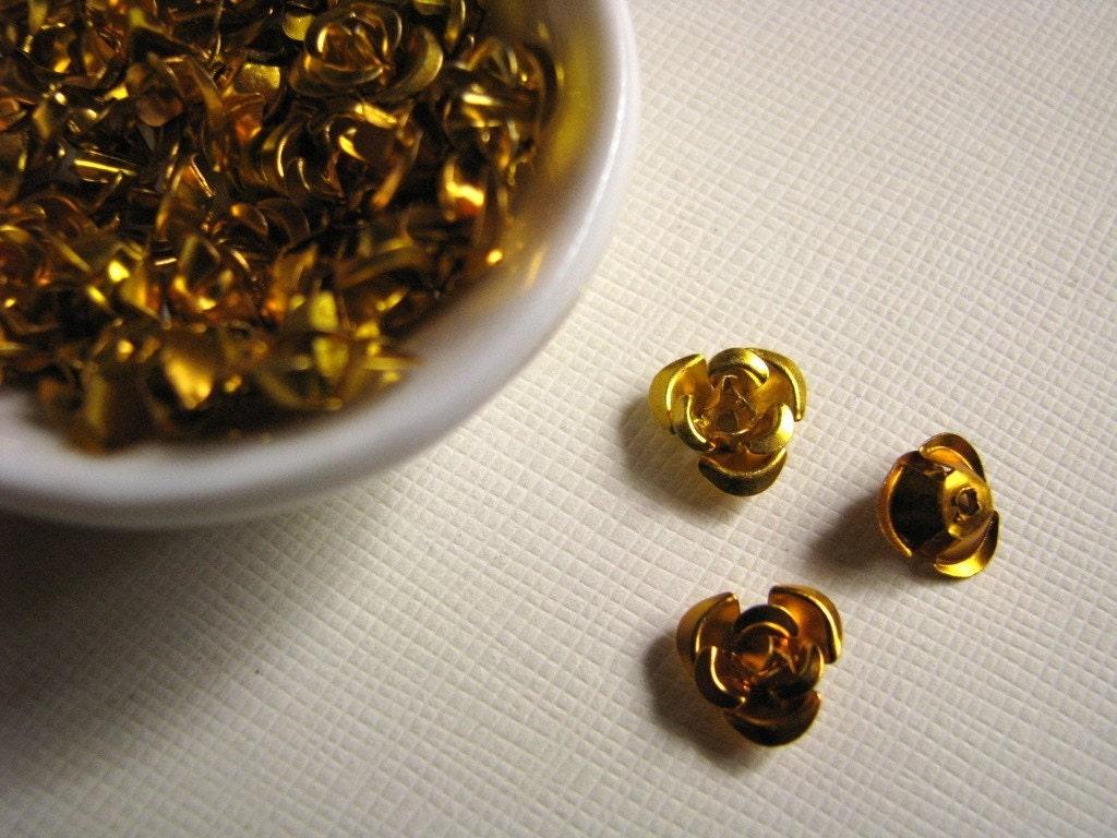 Gold Aluminum Rose Beads 10mm 25 From Illumine On Etsy