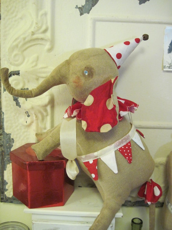 Poseable vintage inspired Elephant