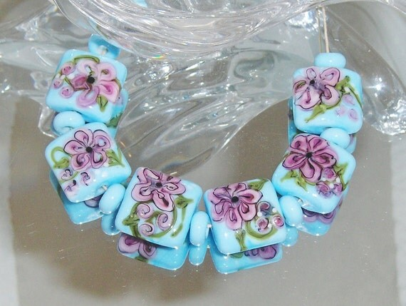 WATERCOLOR FLOWERS. lampwork beads Nuggets. 18mm Sky Blue with complex cane flowers.