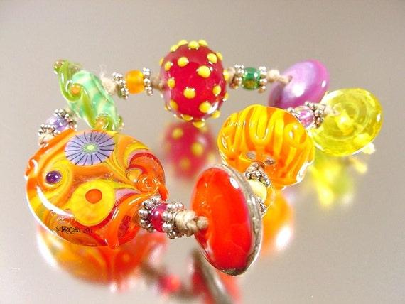 WONDERLAND   handmade lampwork glass beads SRA
