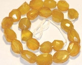 One strand of Yellow agate faceted nuggets 13X18 - 15X22mm