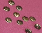 200 pcs of Antiqued brass ribbed beadcap  5.5mm