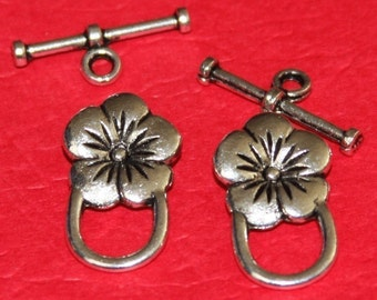 10 sets of Antiqued silver flower toggle clasps 22X14mm
