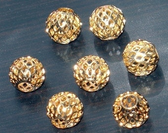 20 pcs of Gold plated brass round  filigree beads 10mm
