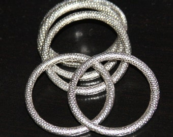 5 pcs of Antiqued silver pewter rings 29mm