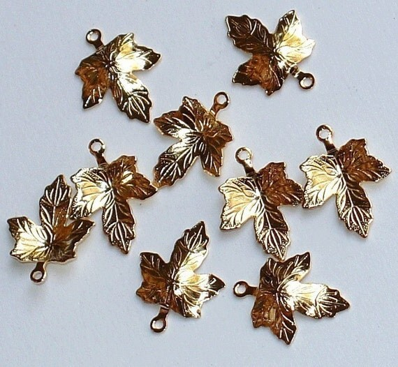 50 pcs of Gold-plated  maple leaf drop 15.5x12mm