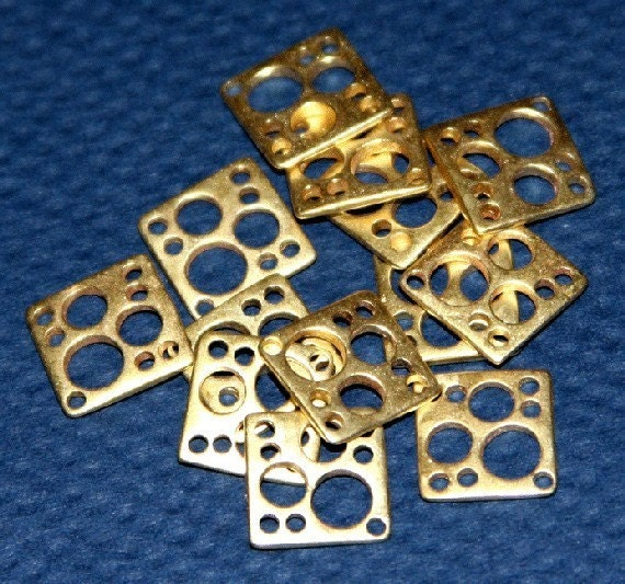 Wholesale - 100 pcs of Raw Solid Brass square  link 10mm