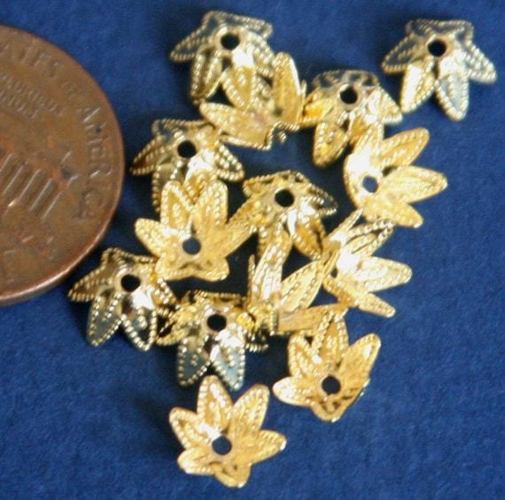 100 pcs  Gold plated  corrugated bead cap 7-9mm