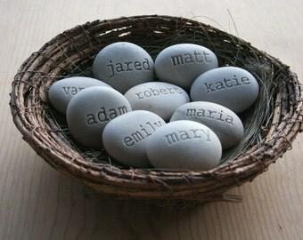 Mothers Nest - gift for mom or grandma - Set of 9 Engraved name stones in nest - custom names gift