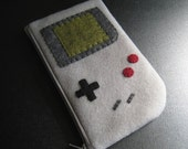 RESERVED FOR CONDAXIS - Gameboy Pouch For Nintendo DSi and DS Lite