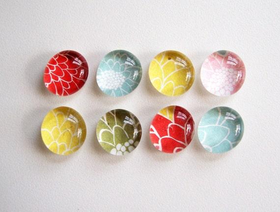 NEW- Petals - set of 8 glass magnets