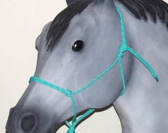 Basic Horse Rope Halter w/out the extra nose knots