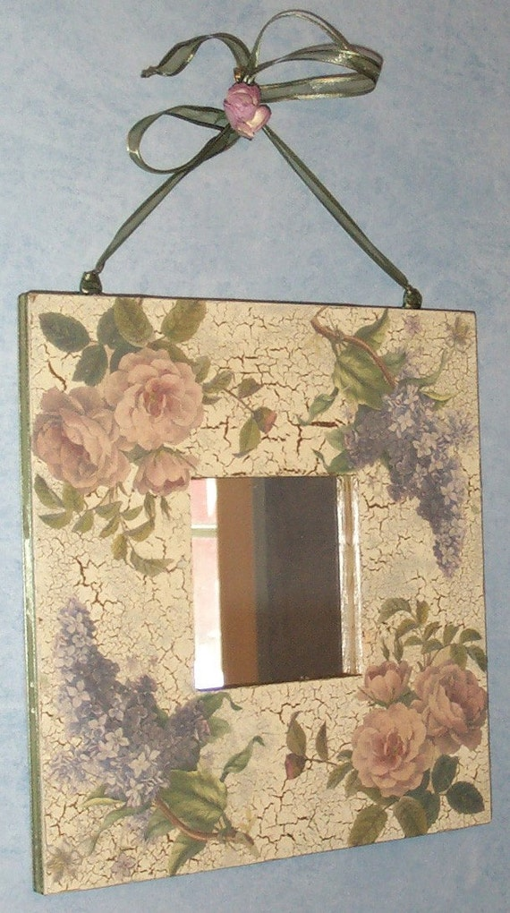 Items similar to vintage style crackled finish mirror - Cuadros shabby chic ...