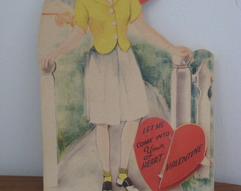 Vintage Mechanical Valentine Card Honeycomb Heart 1940s Heart and Saddle Shoes (3554-W)
