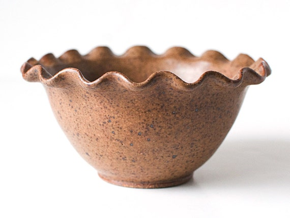 Rippled Edge Bowl, Speckled Wheat
