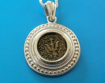 widow's/widows mite coin replica set in elegant silver pendant