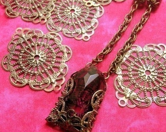 Filigree Medallions,12 Antique Brass Filigree Findings,Filigree Pendant,Filigree Supplies,Bohemian Finding,Bronze Filigree, Beading Supplies