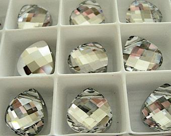 4 Crystal CAL Swarovski Pendants Briolette 6012 11mm