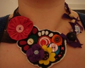 Button and felt necklace