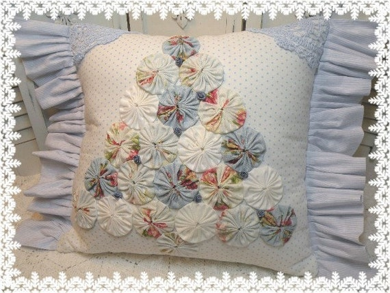 Shabby Chic Christmas Pillows : Old Fashioned YO YO Christmas Tree pillow ALL BLUE Shabby