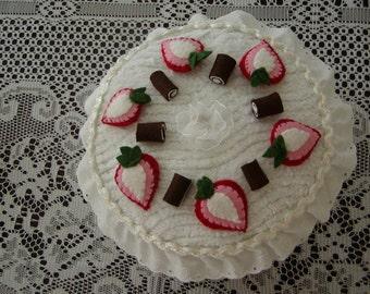 Chenille Cake, Pretend Play Cake, Tea Party Cake