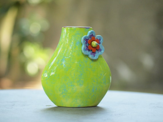 Small Vase Green Vase Flower Vase Ceramic Vase Jubilation Blooming Tear Drop Vase Boho Gift for Teacher Gift for Coworker Gift for Couple