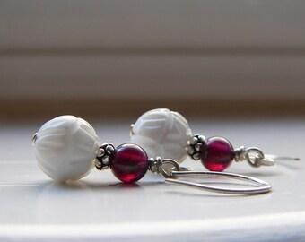 Garnet White shell earrings